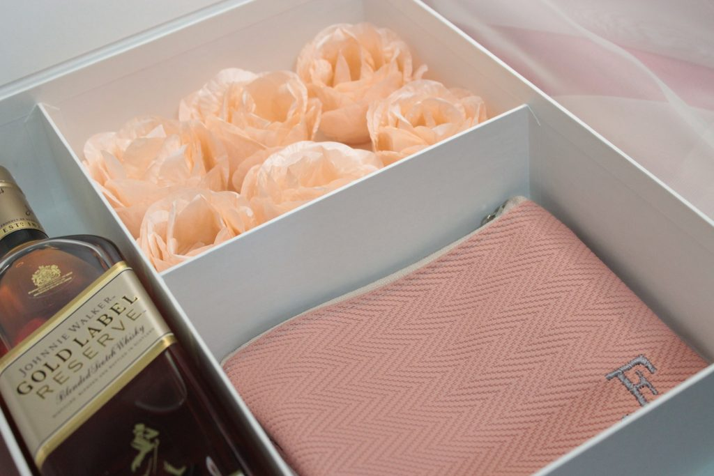 Caixa Branca Floral